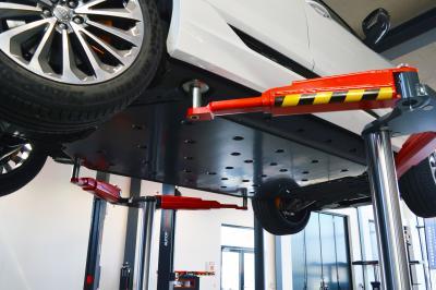Den rette lift til arbejde med el- og hybrid-biler